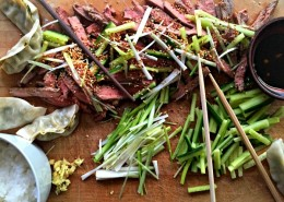 Superhealthy-japanese-style-sirlion-steak-with-dips